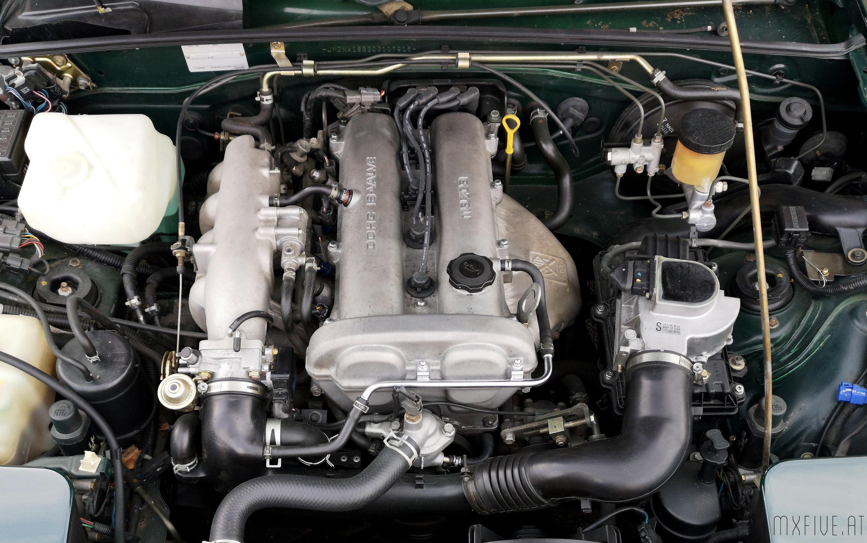 MX-5 NA Motorraum Zuendkabel