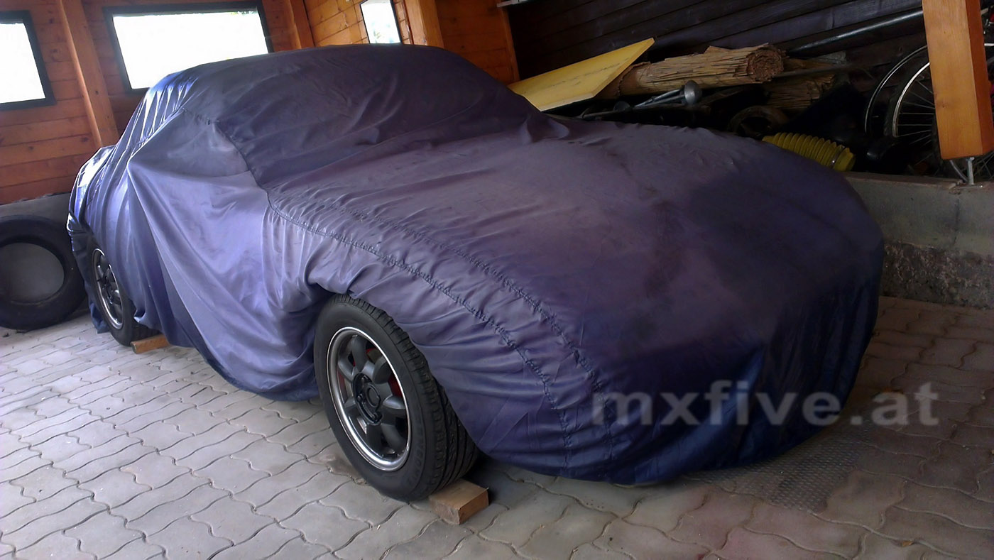 MX-5 im Winterschlaf